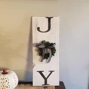 BRAND NEW Hand painted Farmhouse Rustic JOY Sign